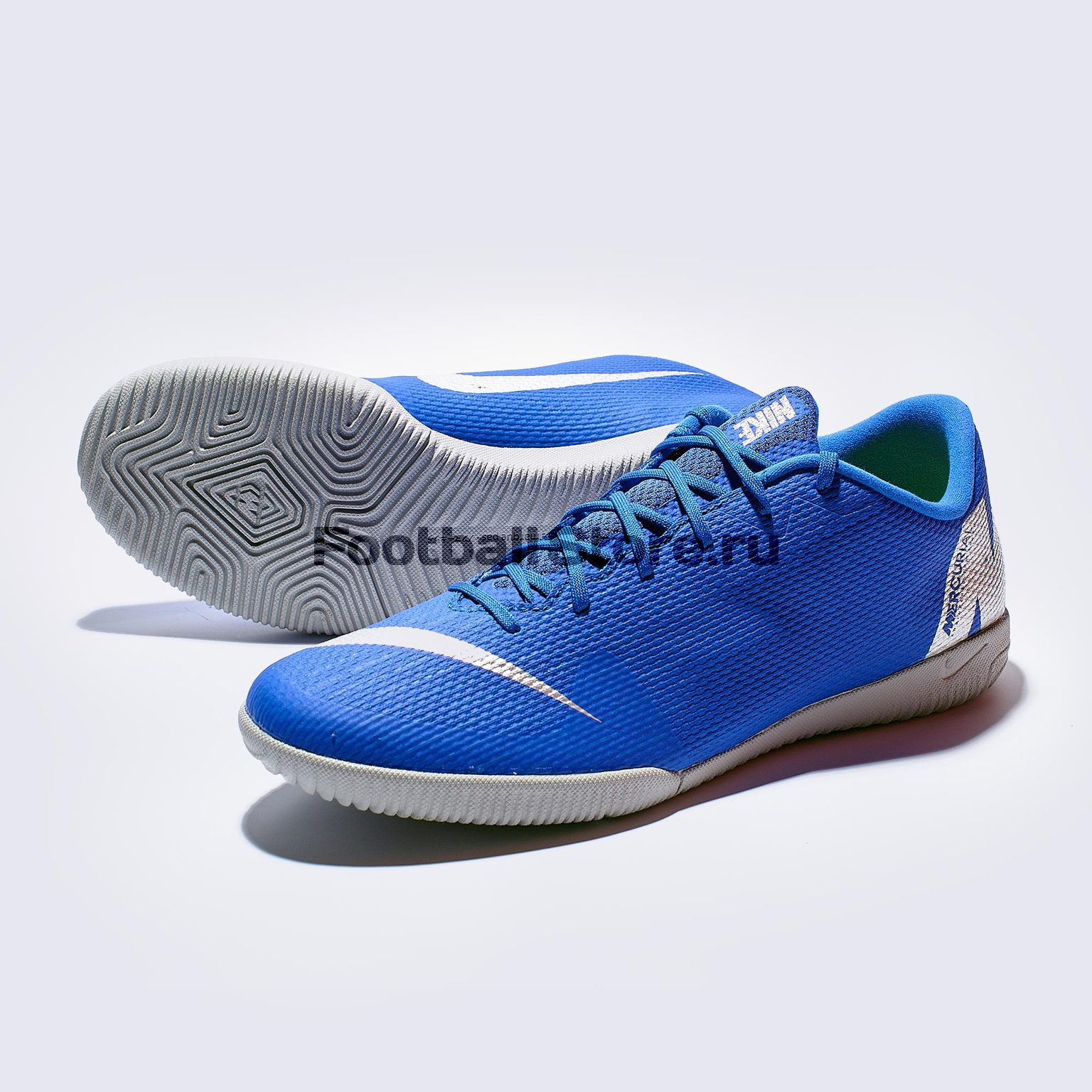 цена Футзалки Nike VaporX 12 Academy IC AH7383-400