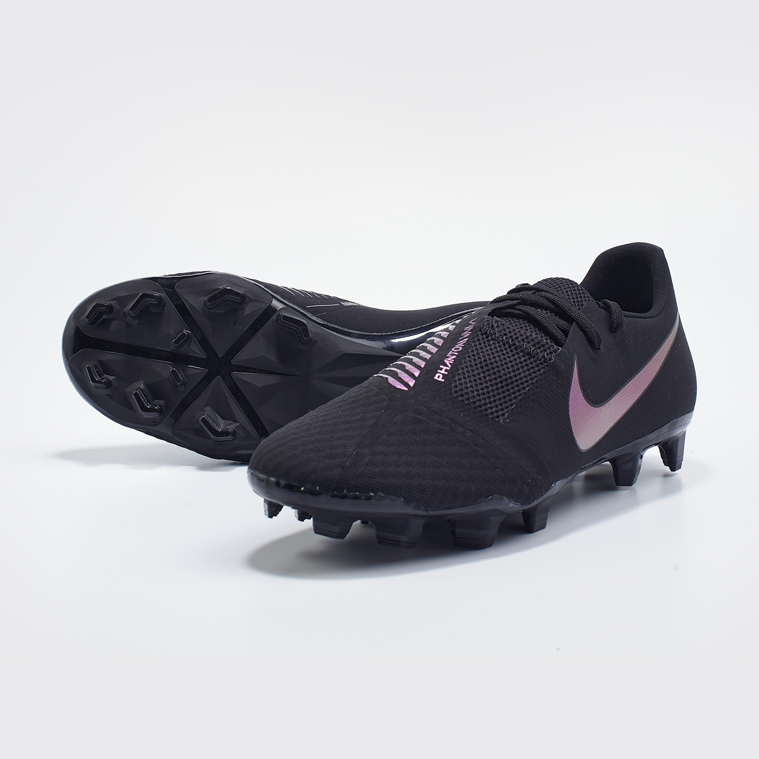 Бутсы Nike Phantom Venom Academy FG AO0566-010