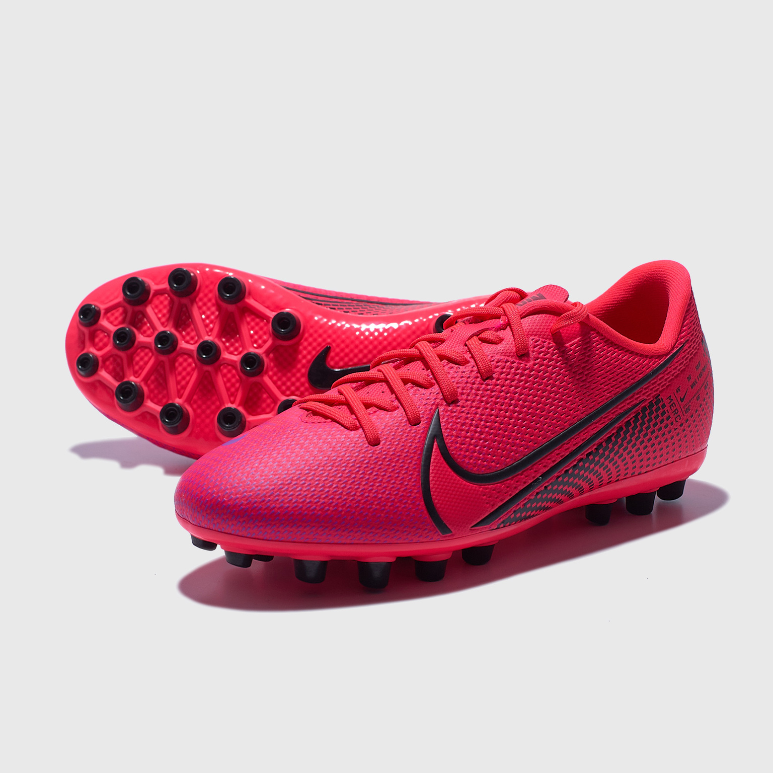 Бутсы детские Nike Vapor 13 Academy AG BQ5500-606 nike vapor gymsack
