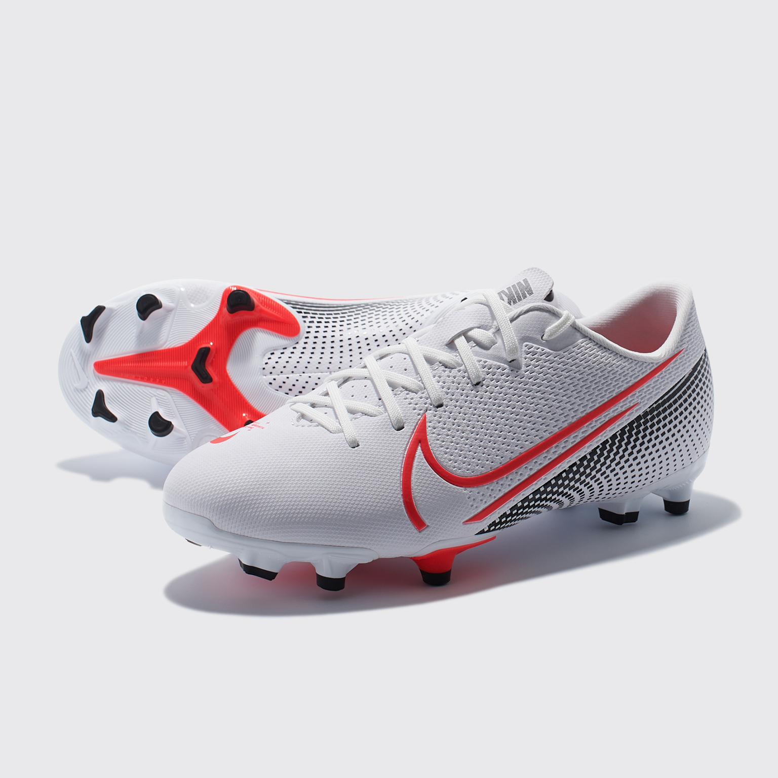 Бутсы детские Nike Vapor 13 Academy FG/MG AT8123-160