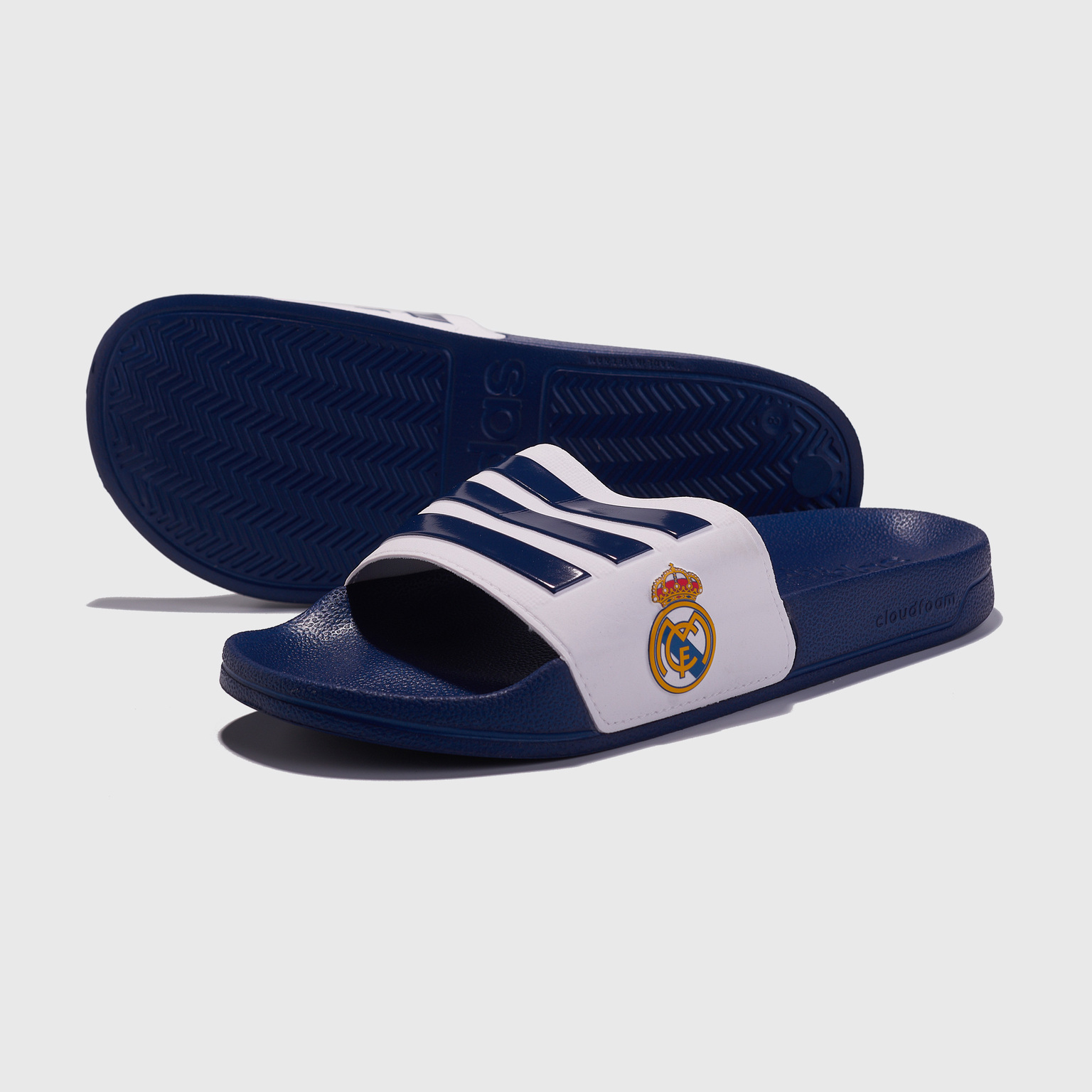 Сланцы Adidas Real Madrid Adilette Shower FW7073 щитки adidas real madrid pro lite cw9701
