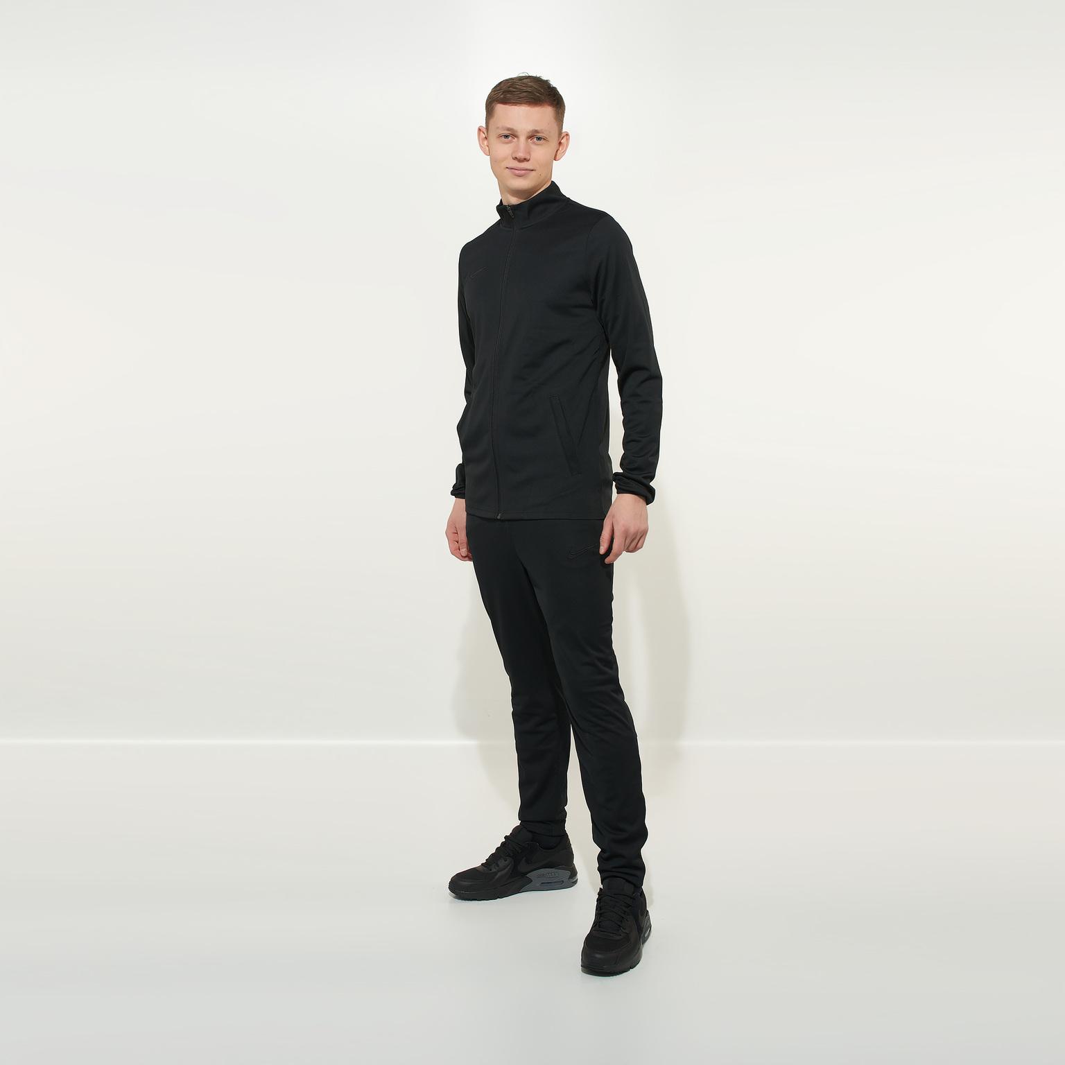 Костюм спортивный Nike Academy21 CW6131-011 костюм спортивный nike spe fleece suit bv3017 058
