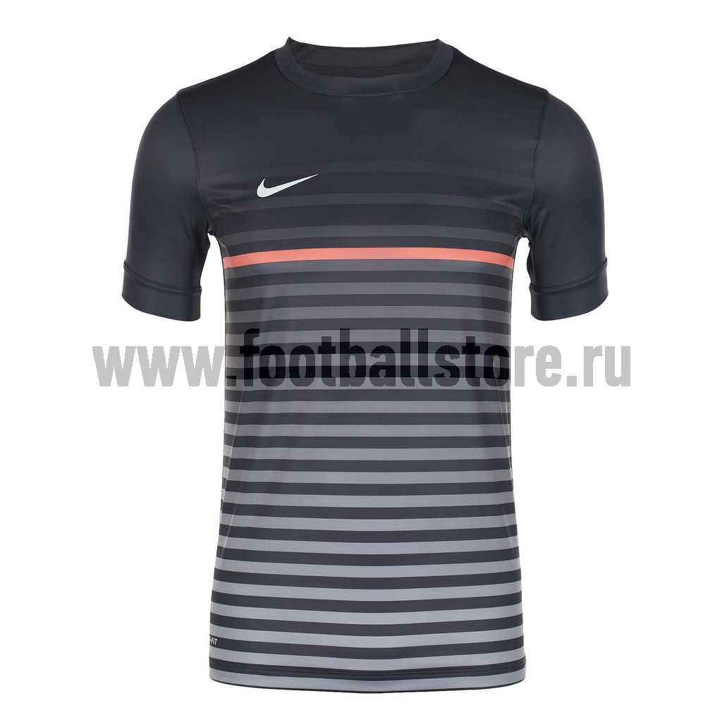 Футболки Nike Футболка Nike SS Graphic TOP III 519041-060