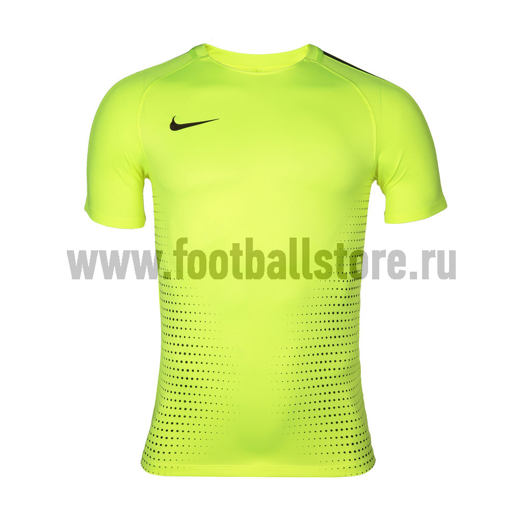 Футболки Nike Футболка Nike CR7 M NK Dry SQD Top SS 807255-702 игровая форма nike футболка игровая детская nike y nk dry sqd top ss 807269 842