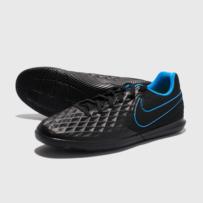 Футзалки Nike Legend 8 Club IC AT6110-090
