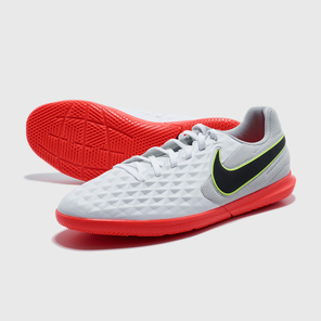 Футзалки Nike Legend 8 Club IC AT6110-106